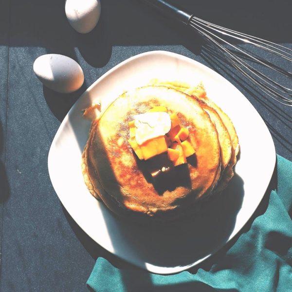 これからはお月見にはパンケーキ。9月21日は十五夜です。今年はお月様みたいなまあるいパンケーキを作ろう。